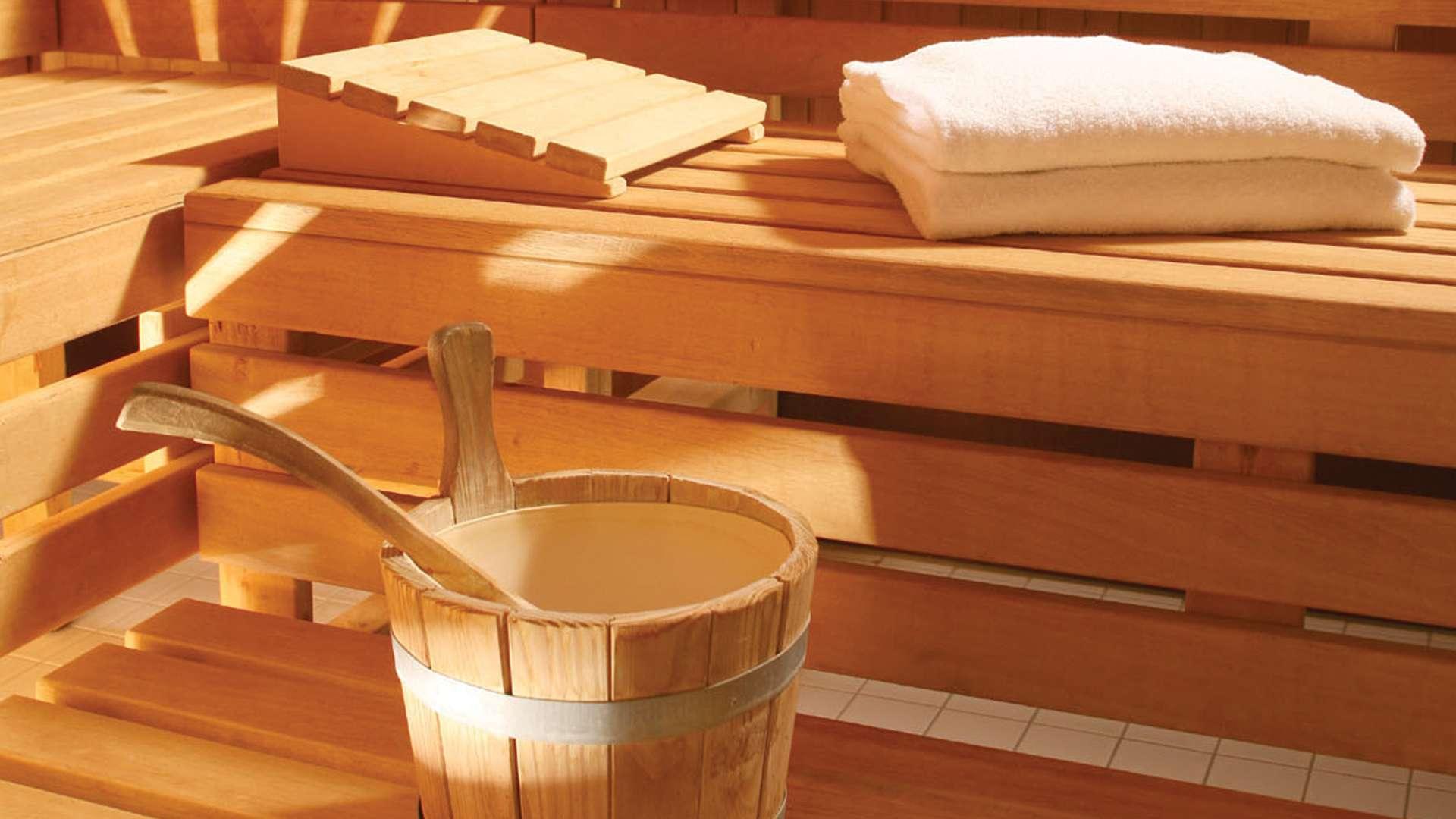Un espace d tente sauna et hammam stationfitness for Espace sauna hammam